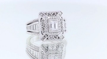 Custom Diamond Jewelbox Engagement Ring